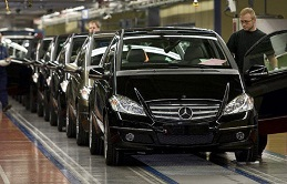 5.daimler_invests_600_millions_in_the_ex